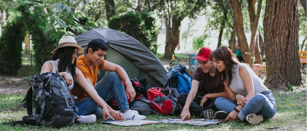 Estudiantes y docentes de Turismo y Economía de la UTPL realizaron estudio de Turismo en la provincia de Loja.