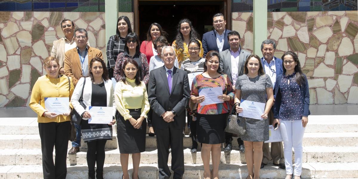 14 docentes de la UTPL recibieron la certificación como Pares Evaluadores