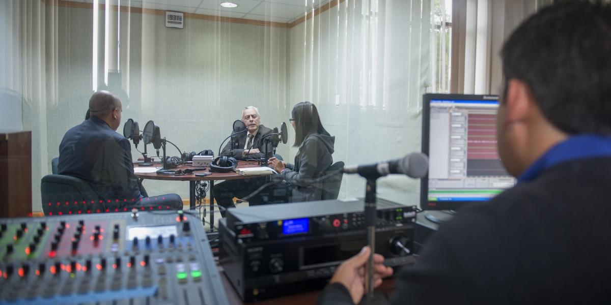 radio online UTPL aporta con conocimientos académicos