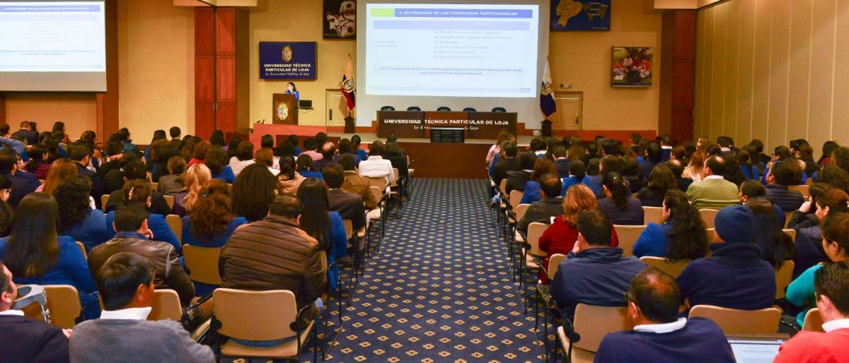 Socialización del proceso de evaluación para acreditación nacional 2020 UTPL