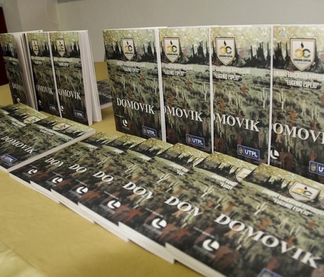Lanzamiento de libros de Cuentos - DOMOVIK