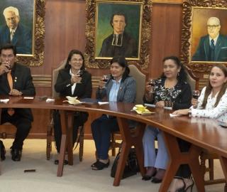 Firma de convenio con Universidad Nacional Hermilio Valdizán