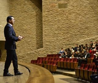 """Seminario Internacional: """"Emprendimiento, Innovación y Mercado"""""""