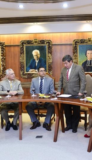 Posesión del Mgtr. Holger Hernan Quizhpe Castro, como Subcoordinador de la Titulación de Derecho