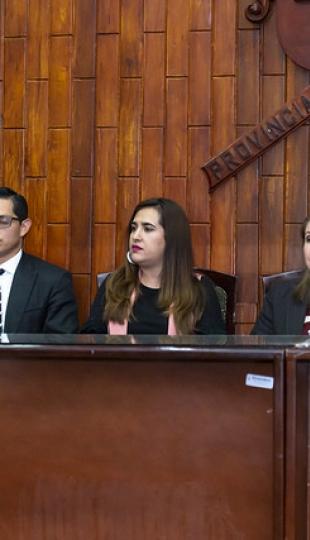 Erradicación de la violencia contra la mujer se trató en conferencia