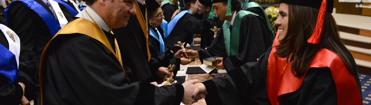 5 razones para estudiar maestrias y doctorados en la UTPL