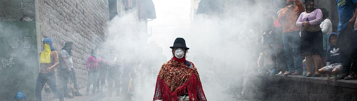 David Díaz Arcos autor de la fotografía emblemática de protestas en Ecuador por medidas económicas 2019 - Graduado UTPL de Comunicación