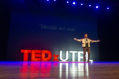 Vantuir Boppre durante su TEDTalk