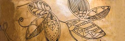 Biopolímero tatuado como parte del proyecto piel sintética