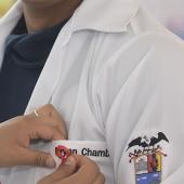 Estudiantes-de-enfermeria-UTPL-en-casa-abierta