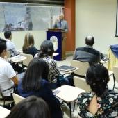 Comunicacion-inaugura-programa-postgrado